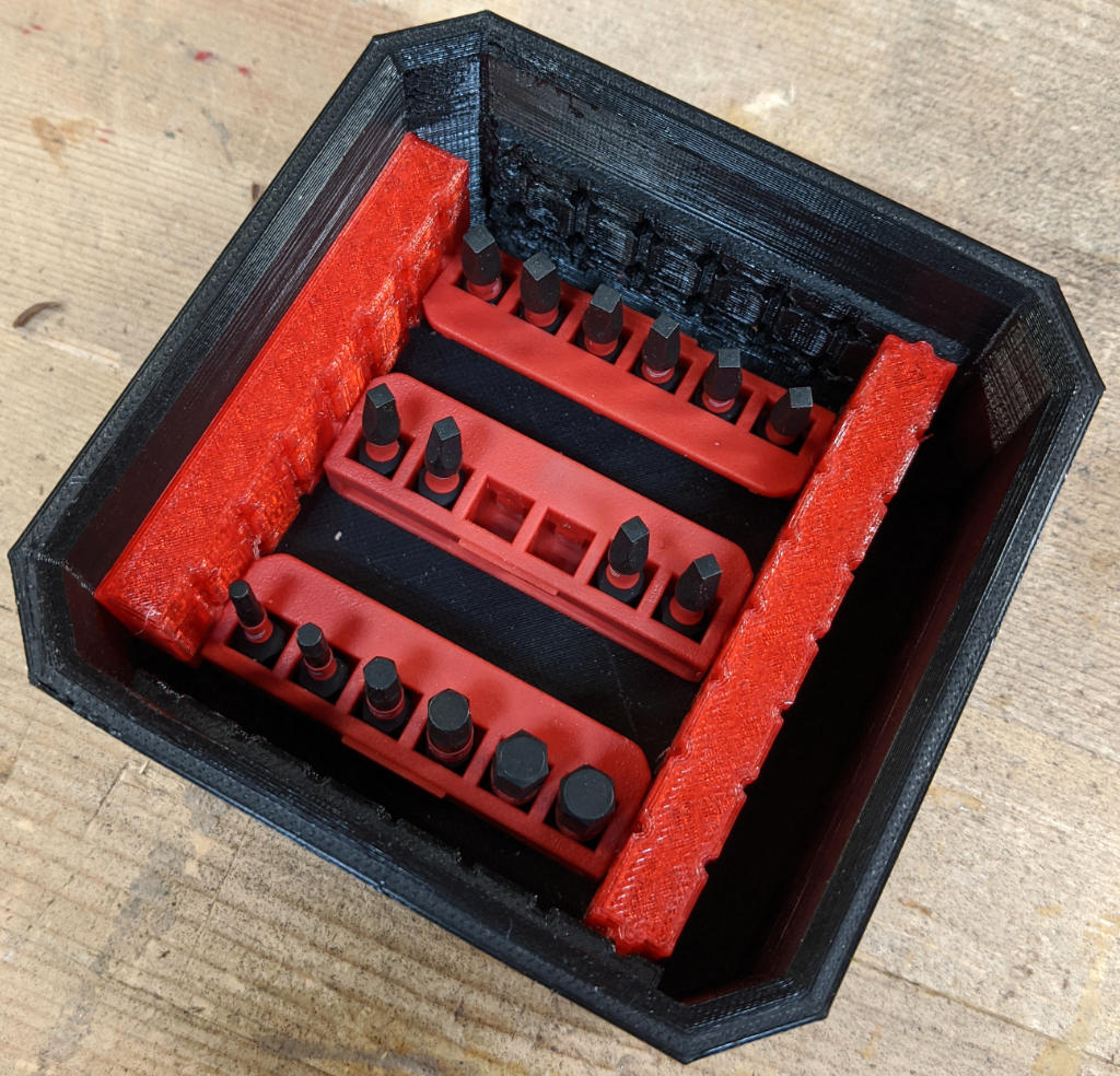Milwaukee Narrow Bit Holder Adapters in Square Bin