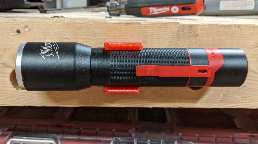 Milwaukee Rechargeable Aluminum Flashlight